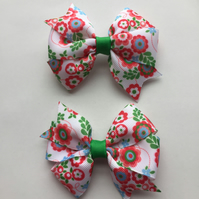 Floral pinwheel hair bow clip set