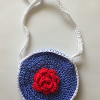 Red rose crochet bag