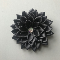 Satin flower hair clip charcoal