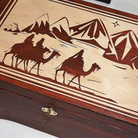LOCKABLE 3 WISE MEN ENGRAVED CHRISTMAS WOODEN BOX. GIFT BOX