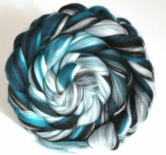 Spearmint Custom Blend Merino & Silk Combed Top 100g for Spinning and Felting