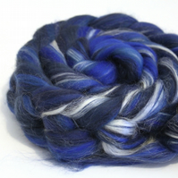 Deep Blues - Merino and Silk Combed Top Blend 100g Spinning Felting