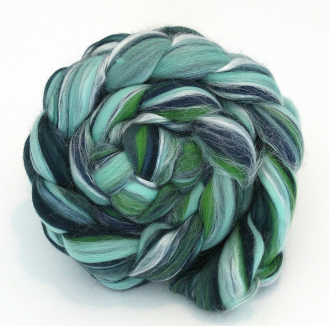 Mint - Custom Blend Merino and Silk Combed Top 100g Spinning Felting