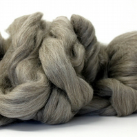 Grey Gotland Combed Wool Top 100g Grey Natural Fibre