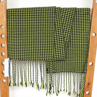 Hand Woven Scarf Houndstooth Pattern Lime Green & Black