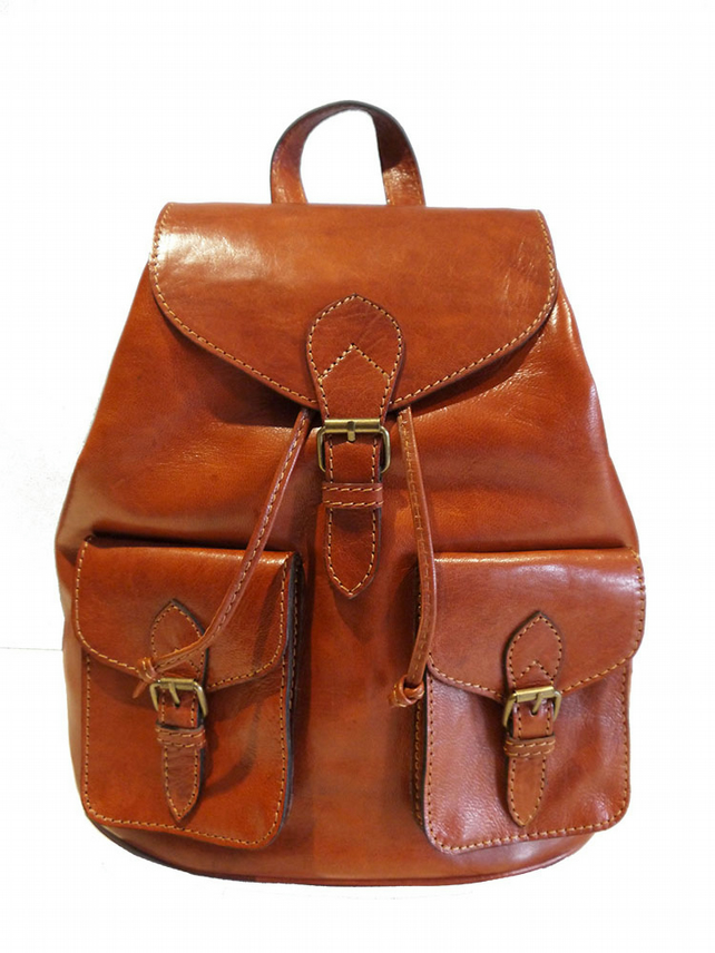 Vintage Style Hand-made Genuine Leather Rucksack Backpack in Tan