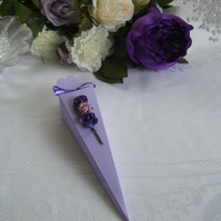 Readymade wedding favours custom made to your requirements - Lilac