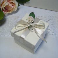 Readymade wedding favours custom made to your requirements - cream or ivory