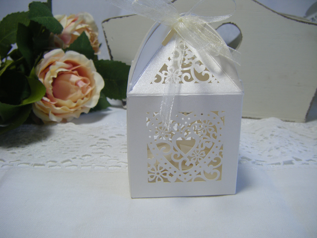 Readymade Wedding Favours Custom Made To Your Requirements Filigree