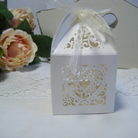 Readymade wedding favours custom made to your requirements - Filigree