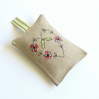 Natural linen embroidered heart Lavender bag, Lavender sachet, scented bag