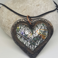Pendant .. 3D Crackle Heart Amulet Pendant .. No.