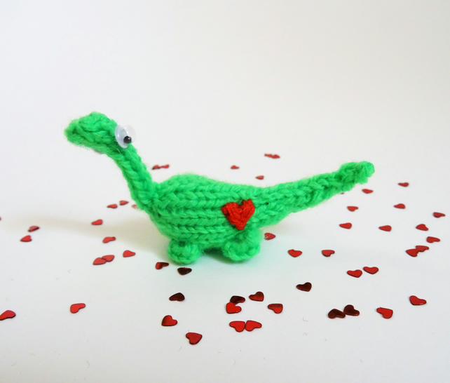 Mini Dinosaur Knitting Pattern : Hand Knitted Miniature Love Heart Dinosaur - Folksy