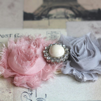 CLARA: Dusty Pink & Grey Wedding Garter. Ivory Lace Garter. Shabby Chic Garter.