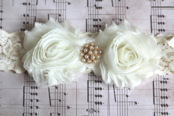 BEATRICE: Ivory Wedding Garter. Fairytale Garter.