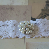 POLLY: White Lace Wedding Garter. Fairytale Wedding.