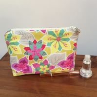 Cosmetic Bag - Vibrant Flowers
