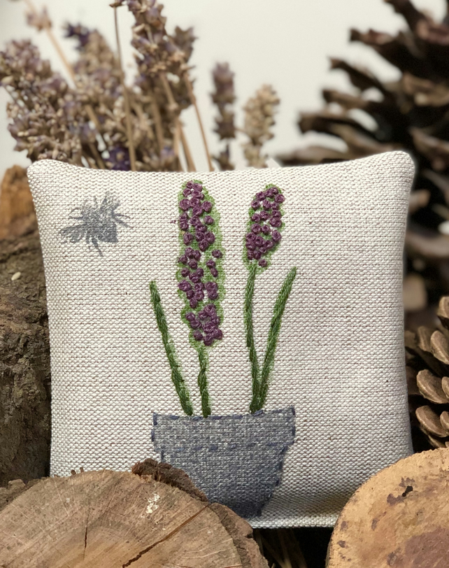 Embroidered Lavender Sachet- Lavender and Bee