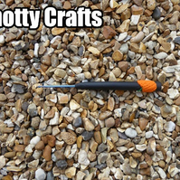 Crochet Hook Size 2.5 mm UK Black clay with Pumpkin at base of handle.