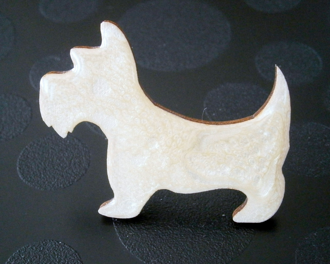 scottie westie style dog cream hand painted brooch with high gloss resin