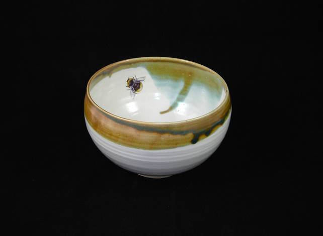 Porridge Bowl with Bumble Bee