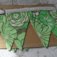 Amy Butler, Daisy Chain, Water Garden Forest Fabric Bunting