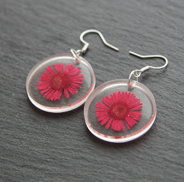 Real Dried Hot Pink Daisy Pressed Flower Resin Earrings Fuchsia Vintage Magenta