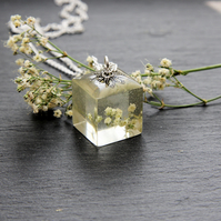 Real Flowers Resin Pendant Necklace Cube Botanical jewelry Dried Pressed Flowers