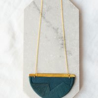 FOLKE necklace in Indigo