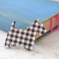 Scottie Dog Wooden Brooch in Black and White Check
