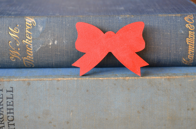Red Painted Bow Brooch