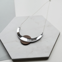 Curve and circle Necklace