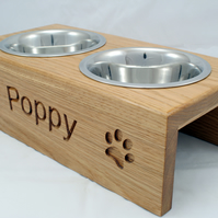 Personalised elevated Dog Feeding Bowl -16cm bowls - Solid Oak - with paws