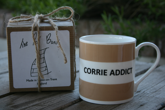 Corrie Addict Hoop Mug Gift Boxed (choice of ten colours)