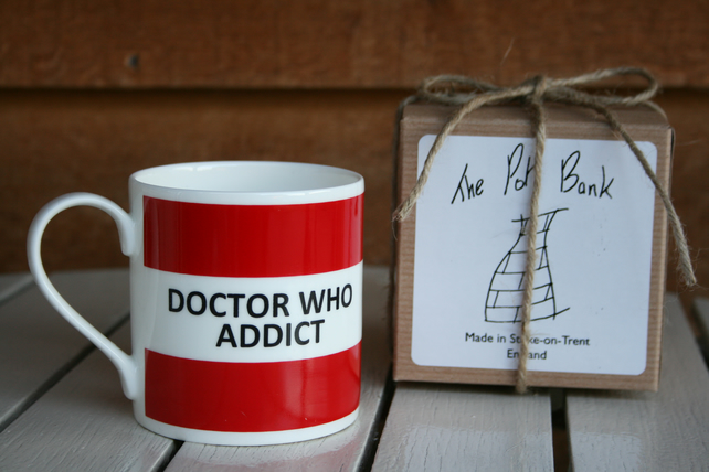 Doctor Who Addict Hoop Mug Gift Boxed (choice of ten colours)