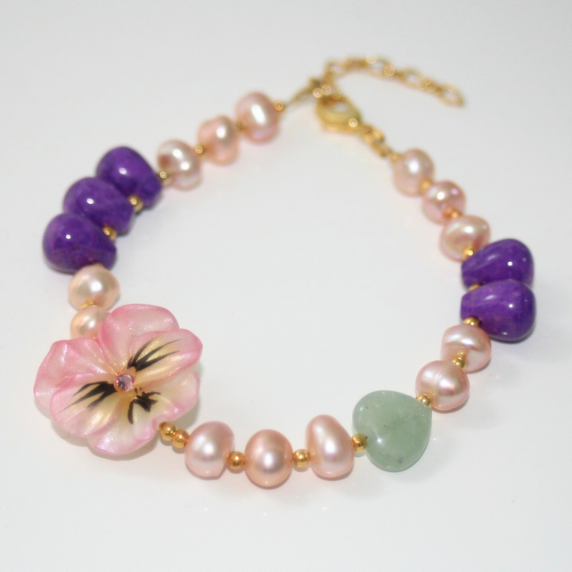 Pansy and pearl bracelet
