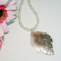 Mother of Pearl leaf and glass pearl necklace