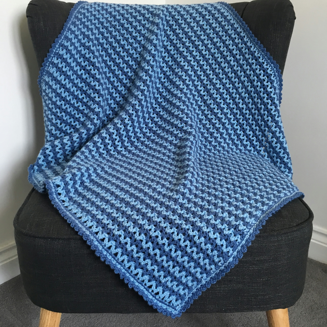 Two Tone Blue V-Stitch Crochet Striped Blanket Throw