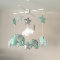 Elephant baby mobile - Silver and mint green