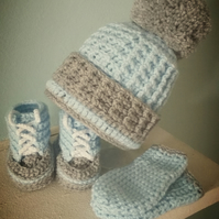Baby Bobble Hat Bootis and Mittens