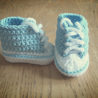 Crochet baby high tops booties