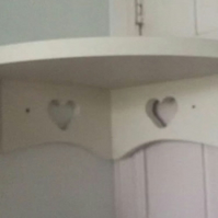 Heart Corner Shelf Hand Made Painted Annie Sloan Old White new