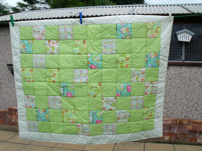Uni Green Patchwork Nursery Quilt Cot Blanket With Owls Or Play Mat