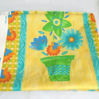Crowson retro yellow summery cotton fabric, floral soft furnishing fabric