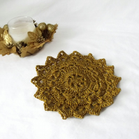 gold sparkly crocheted christmas doily, crochet candle mat table decoration