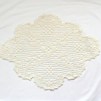 large oval filet crochet cream table cloth, crocheted floral table cover