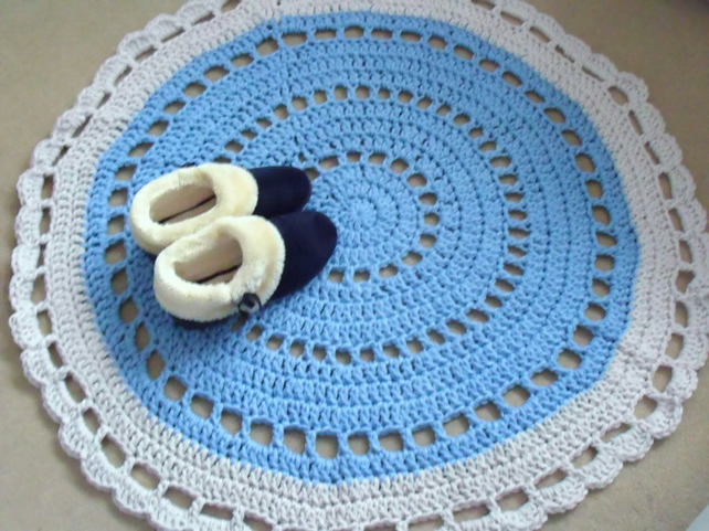 large blue and grey crocheted mandala rug, thick crochet mat, 40 inches