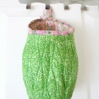 quilted door handle storage bag, storage pod, pink and green