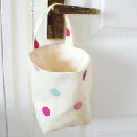 door handle storage bag or gear stick bag, cream polka dot fabric
