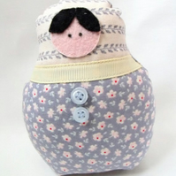 medium graduated russian matryoshka nesting display art doll, 5 inches